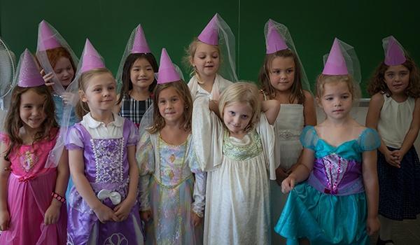 Kindergarten Girls   Veritas Academy   Classical Christian School
