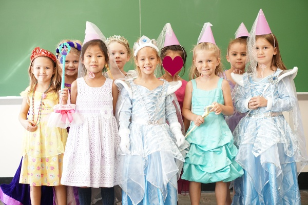 Kindergarten princesses-1